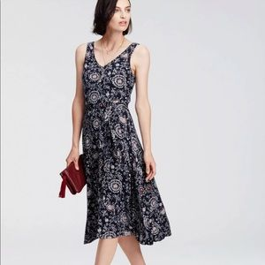 NWT Ann Taylor Paisley Belted Dress Size Large